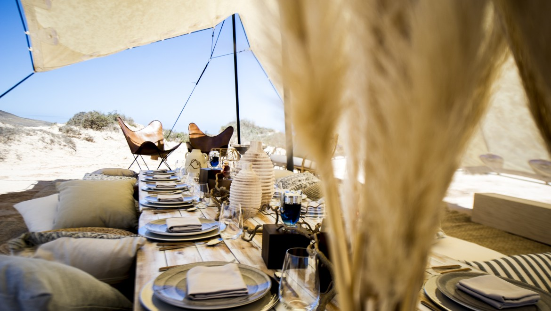 Paco Rabanne: reto Invictus y Olympea Legend en el desierto de Fuerteventura